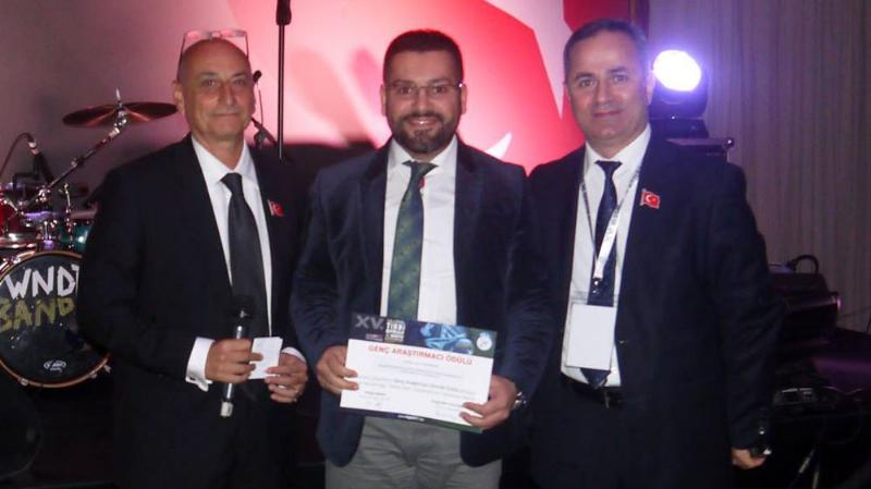 'Genç Araştırmacı Ödülü' Yrd. Doç. Dr. Salih Gencer'in