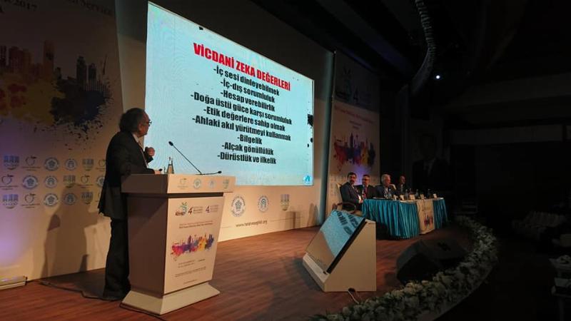 Prof. Dr. Nevzat Tarhan Helal Gıda Kongresi'ne katıldı 3