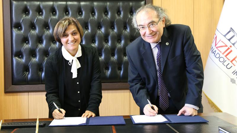 Üsküdar Üniversitesi yeni bir işbirliği protokolüne imza koydu 2