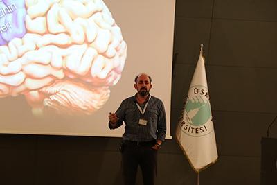 """Prof. Dr. Sinan Canan: """"Sosyal etkileşimler beyni daha çok aktifleştiriyor"""" 2"""