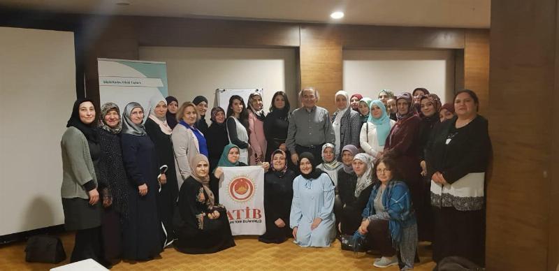 """Prof. Dr. Nevzat Tarhan' ATİB üyelerine """"Toplum psikolojisi ve empati"""" yi anlattı."""