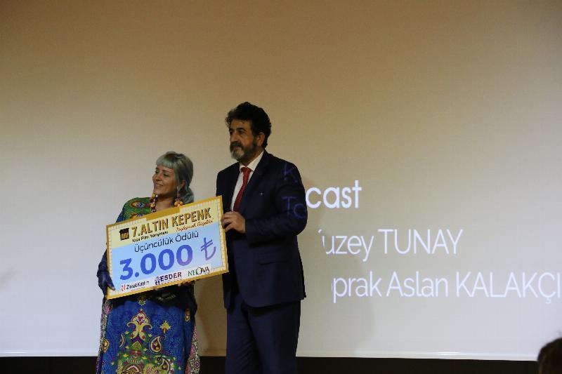 7. Altın Kepenk Film ödülleri Üsküdar Üniversitesinde sahiplerini buldu 9