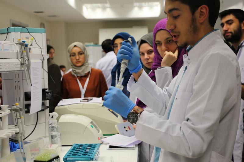2. CRISPR-CAS9 DNA Ameliyatı Çalıştayı Üsküdar Üniversitesinde yapıldı