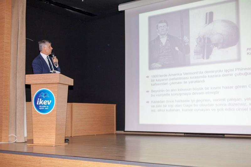 """Prof. Dr. Tayfun Uzbay: """"Algı ile çıkar elde edenlere karşı irademizi eğitmeliyiz"""""""