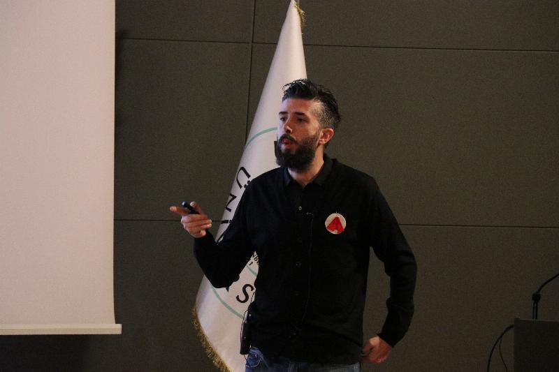 Reklamcılar Üsküdar Üniversitesi'nde 8