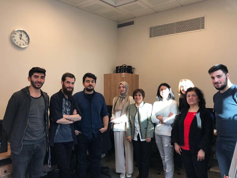 Prof. Dr. Aşkın Asan Üsküdar Üniversitesi stüdyolarını gezdi 3