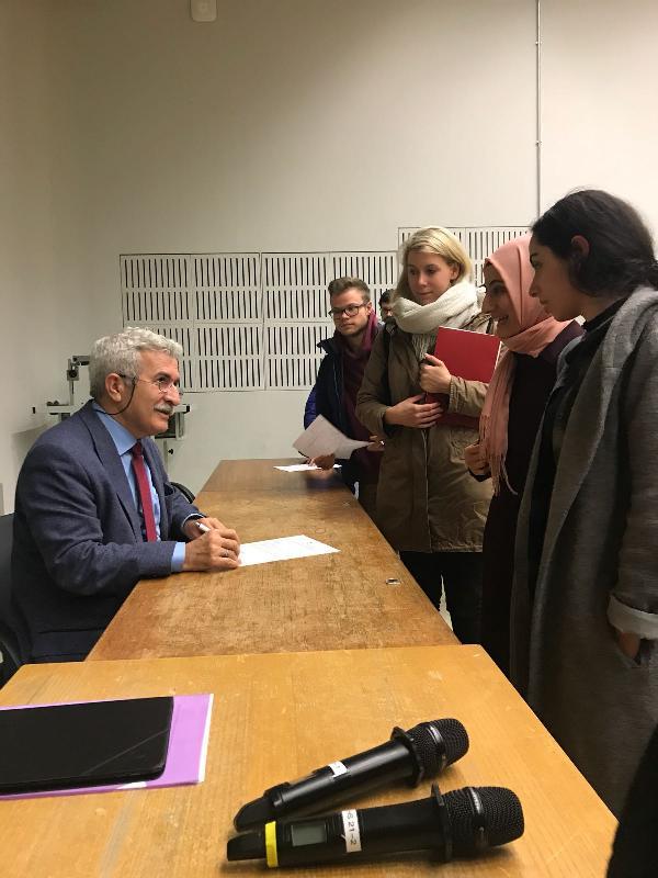 Prof. Dr. İbrahim Özdemir'den, Tübingen İslam İlahiyat Merkezi'nde yılın son dersi 3