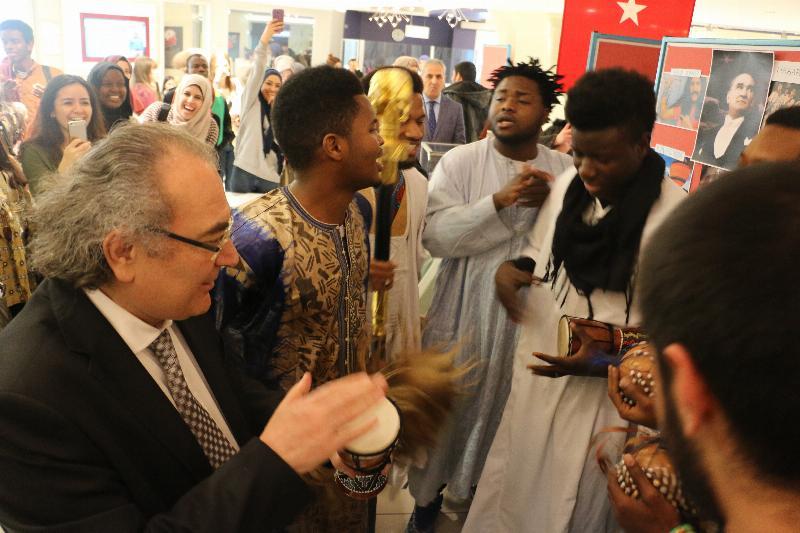 Rektör Prof. Dr. Nevzat Tarhan'dan Adowa ve Jama Dansı 3