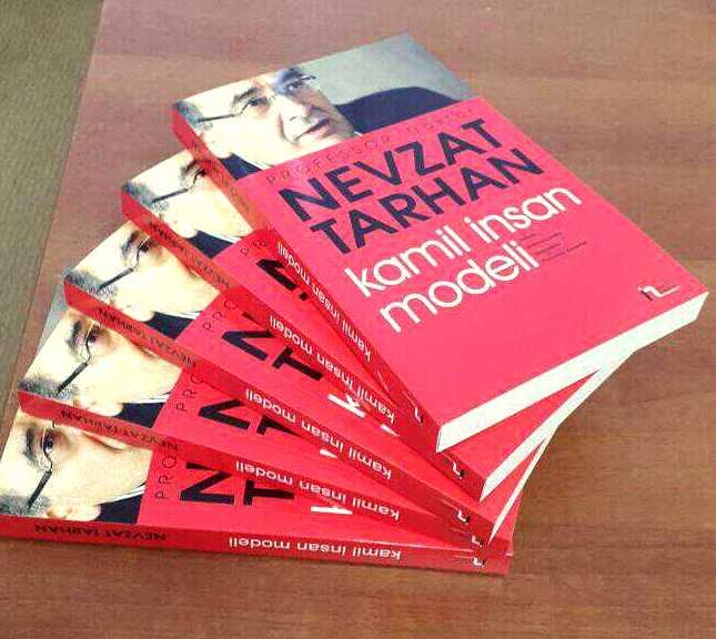 """Prof. Dr. Nevzat Tarhan'ın """"Güzel İnsan Modeli""""  kitabı Azerbaycan'da"""