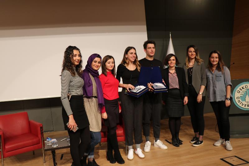 Ünlü çift Üsküdar Üniversitesinde öğrencilerle buluştu 5