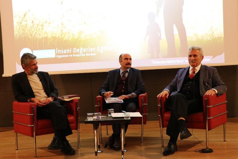 """""""Değerler"""" Üsküdar Üniversitesinde konuşuldu 2"""