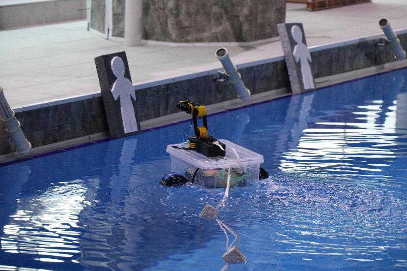 Genç mucitler akıllı robotlarıyla yarıştı 2