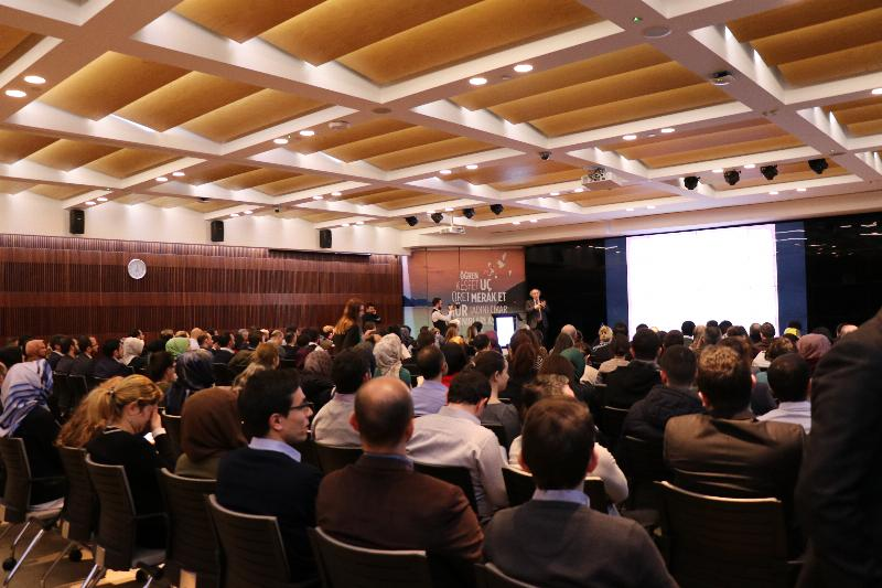 """Prof. Dr. Nevzat Tarhan, THY'de """"İnovasyon ve Liderliği"""" anlattı"""