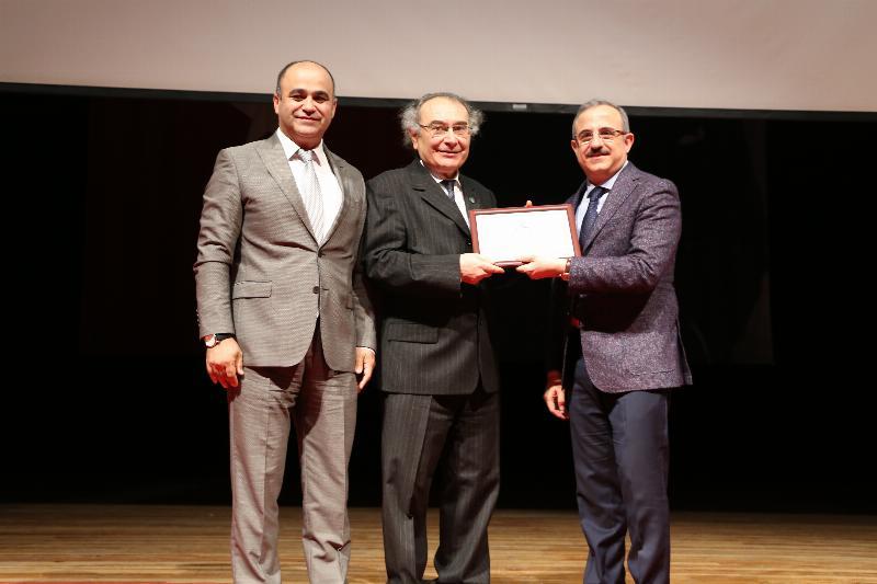 """Prof. Dr. Nevzat Tarhan: """"Öğretmenin kişiliği eğitimin can suyudur"""" 3"""