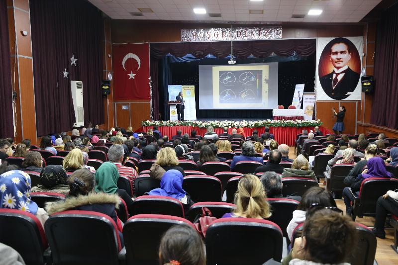"""Prof. Dr. Nevzat Tarhan: """"Öğretmenin kişiliği eğitimin can suyudur"""" 4"""