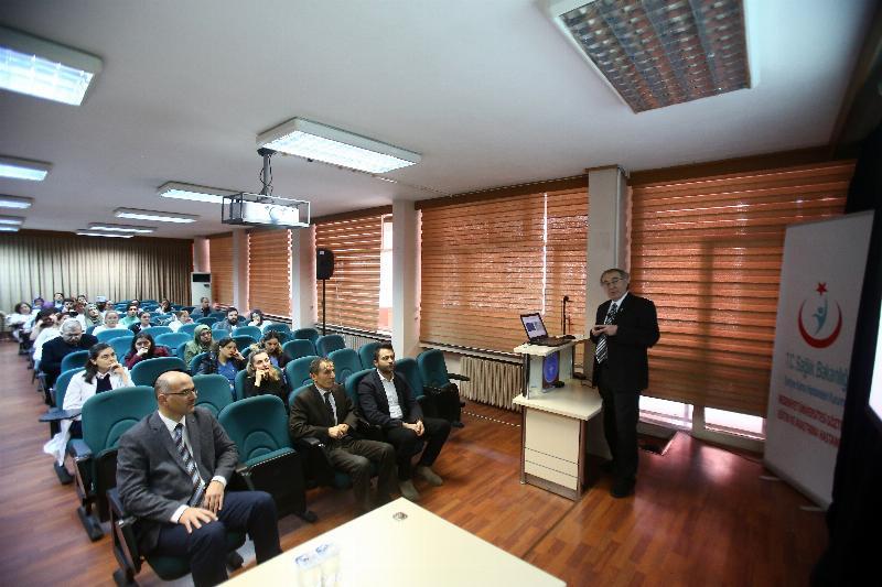 Prof. Dr. Nevzat Tarhan kişiye özel tedaviyi anlattı