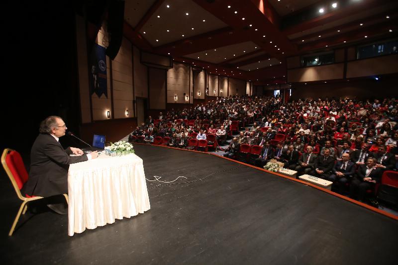 Prof. Dr. Nevzat Tarhan Vergi Dairesi çalışanlarıyla bir araya geldi