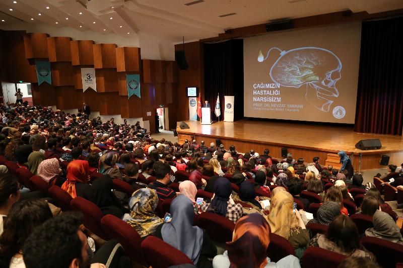 Prof. Dr. Nevzat Tarhan, Uludağ Üniversitesi öğrencileriyle iki konferansta buluştu