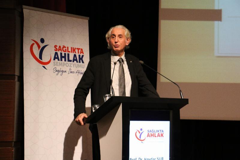 """Prof. Dr. Haydar Sur """"Kapitalizm, gölgesini satamayacağı ağacı keser"""""""