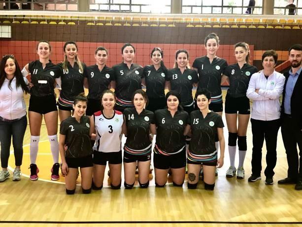 Üsküdar Üniversitesi Voleybol Takımı'nda hedef Birinci Lig