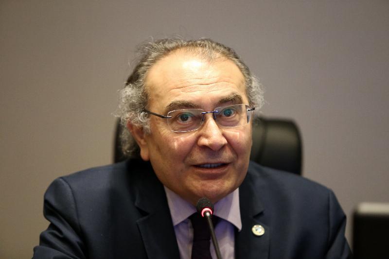 """""""Türkiye'de sağlıkla ilgili araştırmalar hep ihmal edildi"""" 2"""