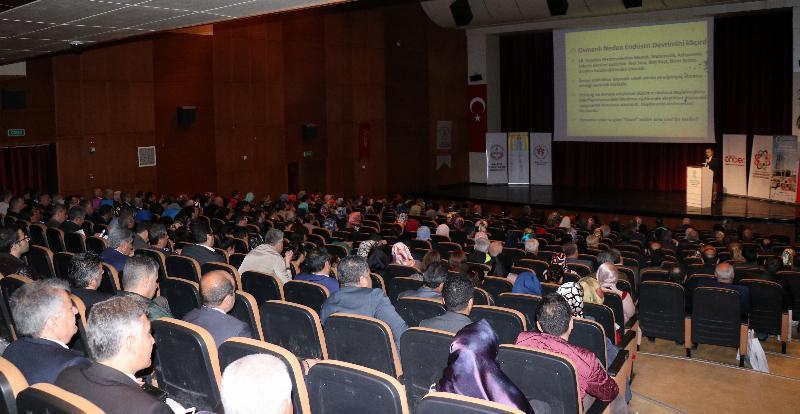 Prof. Dr. Nevzat Tarhan Malatya'da iki farklı konferansta eğitimcilere seslendi!