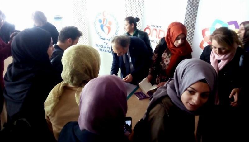 Prof. Dr. Nevzat Tarhan Malatya'da iki farklı konferansta eğitimcilere seslendi! 4