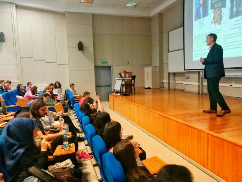 Prof. Dr. Tayfun Uzbay Boğaziçi Bilim Kulübü'nün konuğu oldu