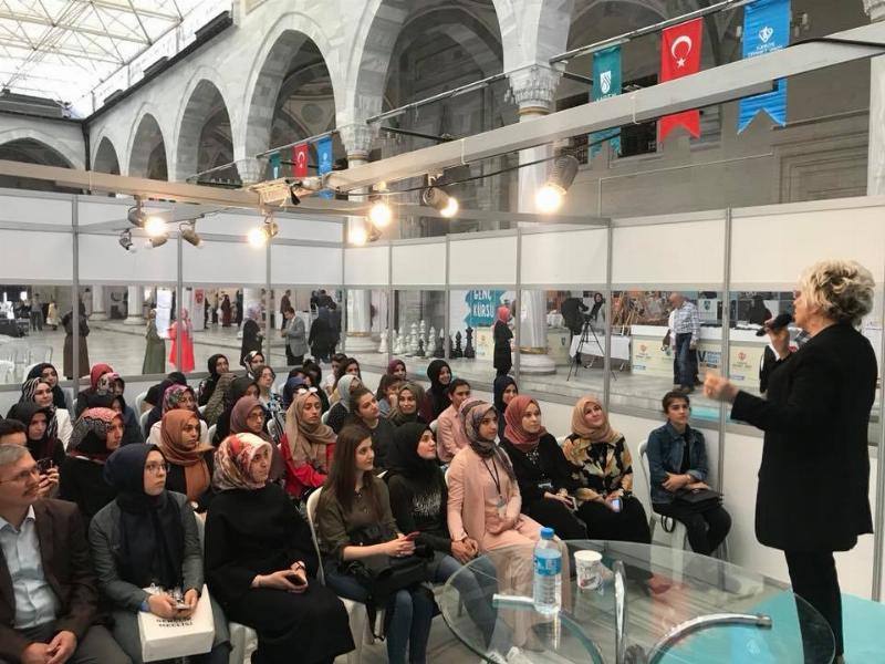 Prof. Dr. Sevil Atasoy Ankara'da gençlerle buluştu 3