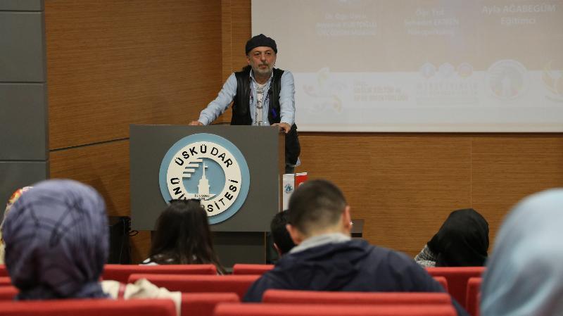 """Üsküdar Üniversitesinde """"İyi İnsan Olmak"""" konuşuldu 3"""