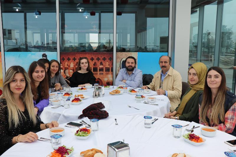 Değişik üniversitelerden psikoloji öğrencileri Üsküdar Üniversitesini ziyaret etti 2
