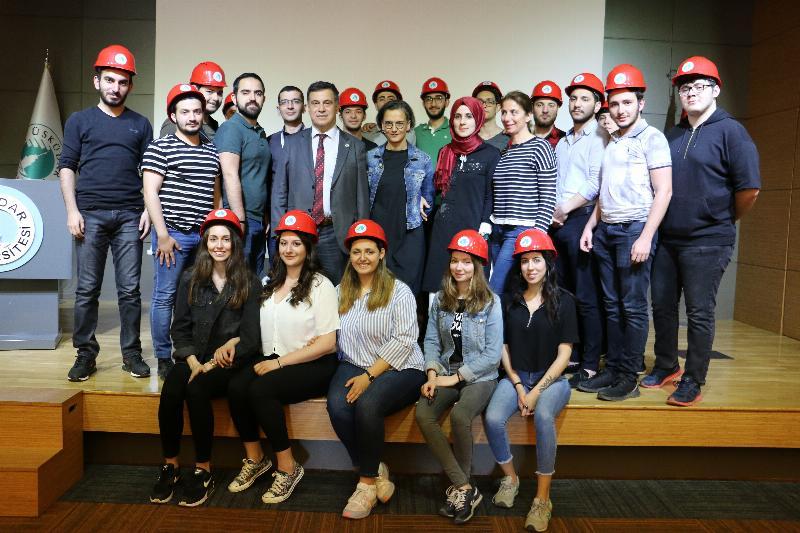 İş Sağlığı ve Güvenliği öğrencileri baret takma heyecanı yaşadı