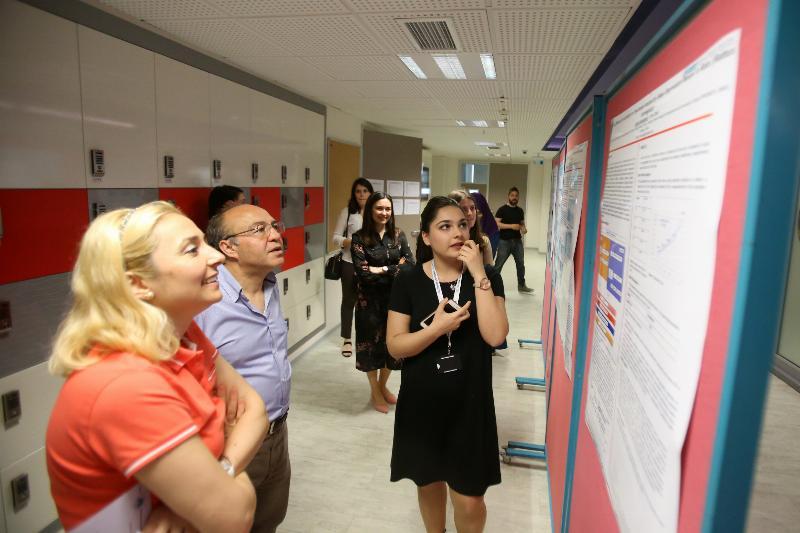 Moleküler Biyoloji ve Genetik bölümü öğrencileri tez sunumlarını gerçekleştirdi