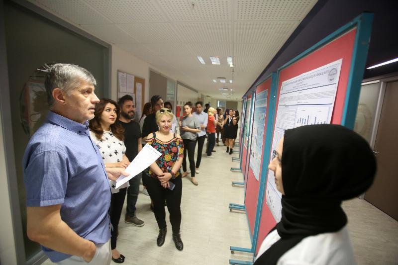 Moleküler Biyoloji ve Genetik bölümü öğrencileri tez sunumlarını gerçekleştirdi 2