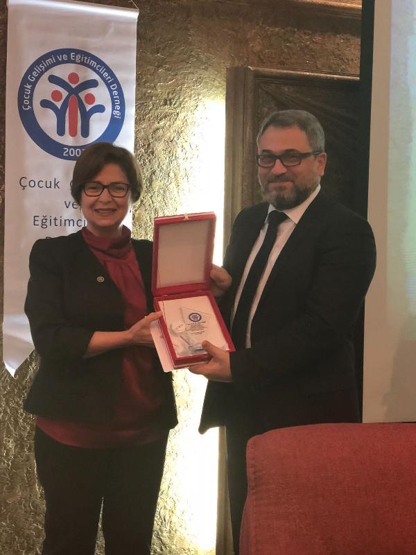 Prof. Dr. Nurper Ülküer, ikinci kez ÇGEDER Başkanı oldu 3