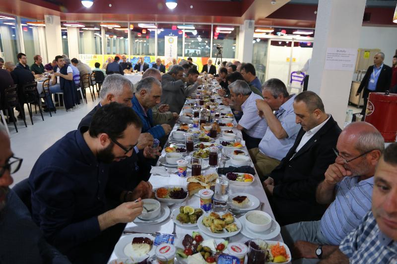 ASDER Üyeleri geleneksel iftar yemeğinde buluştu