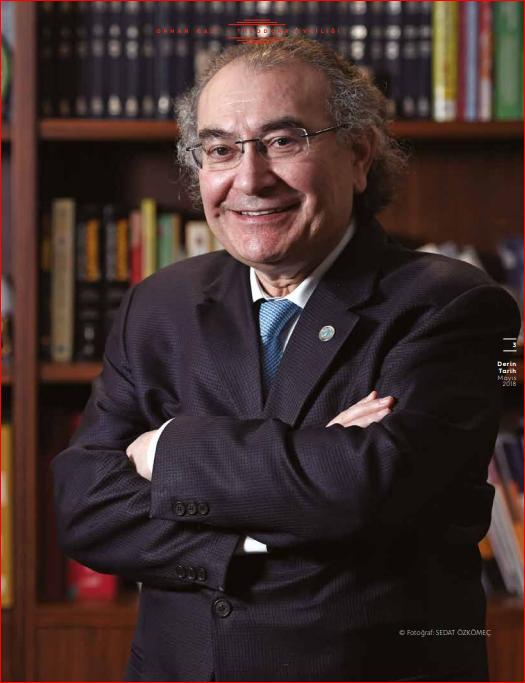 """Prof. Dr. Nevzat Tarhan: """"Fatih İstanbul'u Önce Bilinçaltında Fethetti"""""""