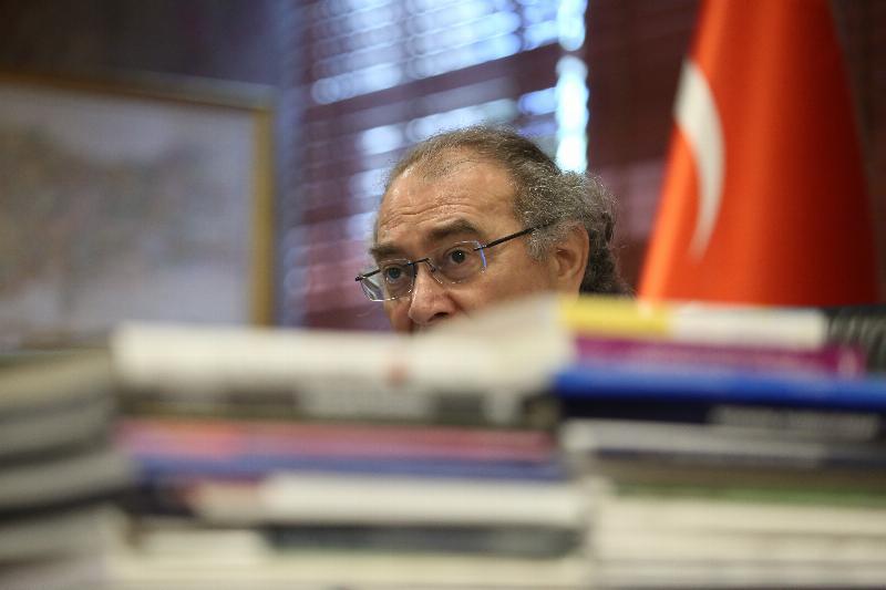 Prof. Dr. Nevzat Tarhan kitapları, çevrilen yazarlar arasında