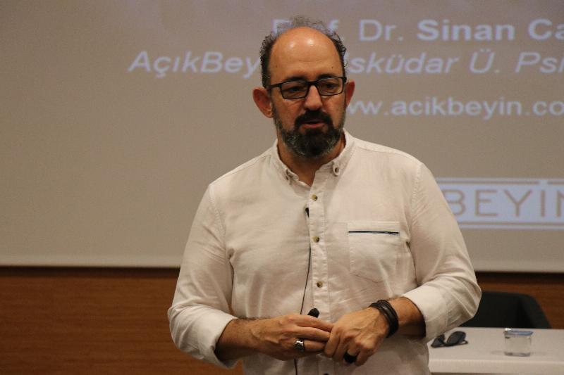 """Prof. Dr. Sinan Canan: """"İnsan zihni kapalı bir kutu gibidir"""" 4"""