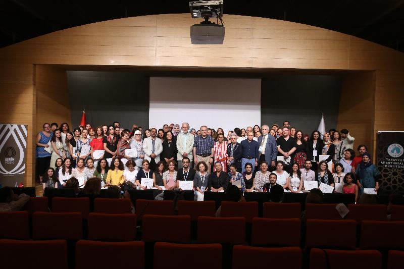 Tasavvuf Yaz Okulu'nu tamamlayan 102 katılımcıya sertifika
