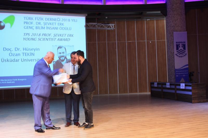 Doç. Dr. Hüseyin Ozan Tekin'e,  Genç Bilim İnsanı Ödülü 2