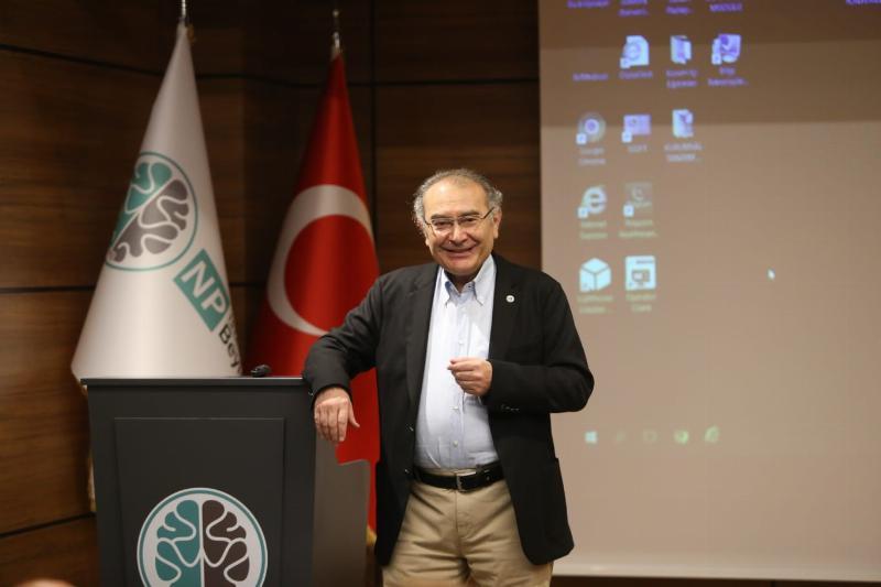 Almanya'daki Türk uzmanlar  Üsküdar Üniversitesi ve NPİSTANBUL Beyin Hastanesi'nde