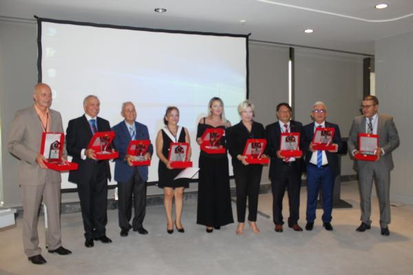 "Prof. Dr. Sevil Atasoy'a ""11 İyi Adam Dedektif Ödülü"" verildi 2"