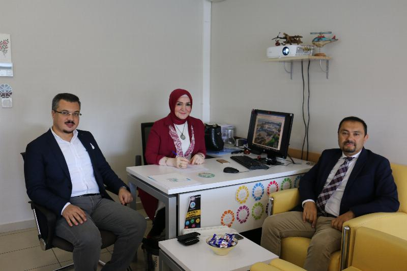 """Üsküdar Üniversitesi """"markalı dersler"""" ile girişimcileri destekliyor"""