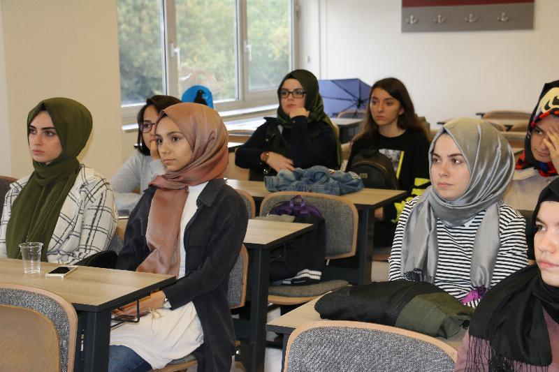 Uluslararası staj fırsatı öğrencilere anlatıldı 2