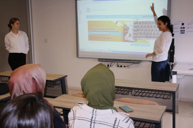 Uluslararası staj fırsatı öğrencilere anlatıldı