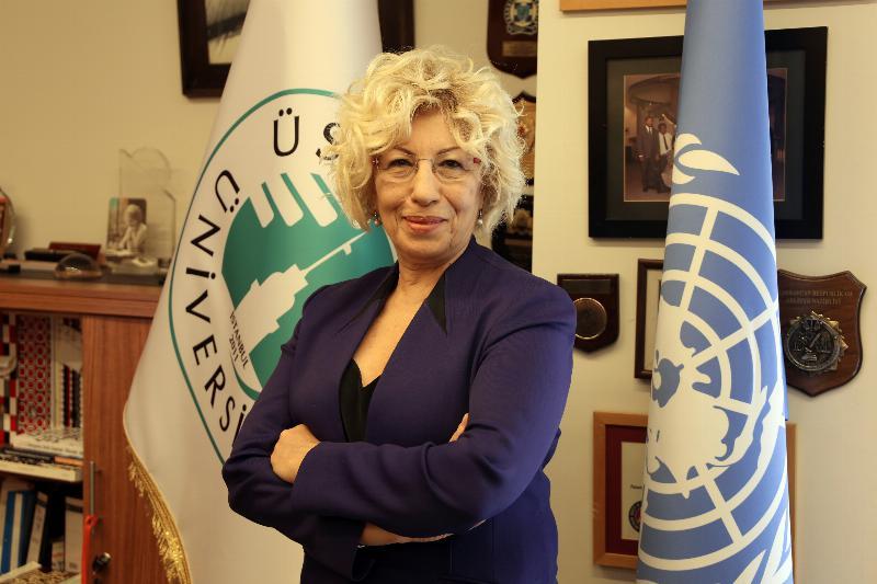 """Prof. Dr. Sevil Atasoy: """"Keyif amaçlı esrarın serbest bırakılması kaygı verici"""""""