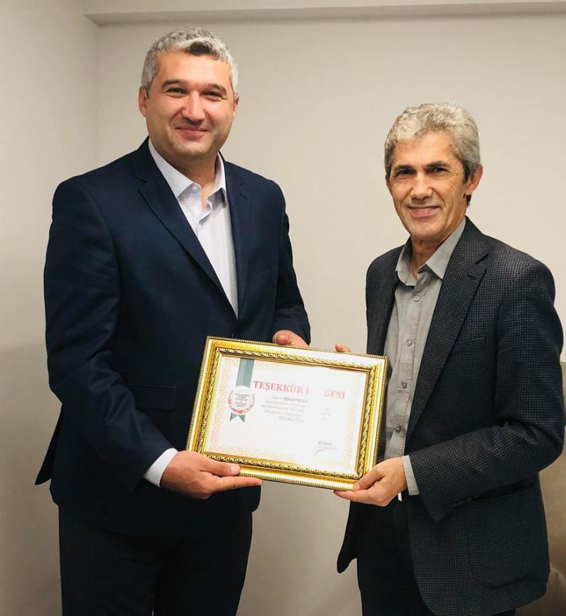 UİGAD Yönetim Kurulu Üsküdar İletişim'i ziyaret etti 3
