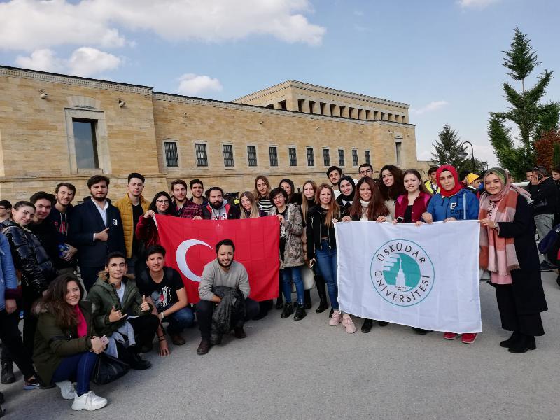Üsküdarlı öğrenciler Ata'yı ziyaret etti 3
