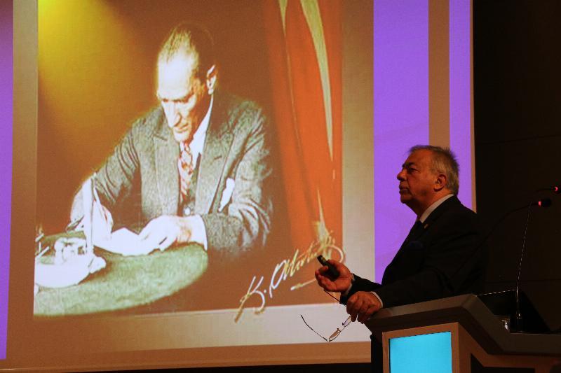 Atatürk diğer liderlerle mukayese edilemez 2